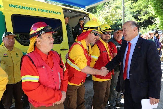 Intendente y director regional de CONAF anuncian nuevo  plan regional para prevenir y combatir incendios forestales