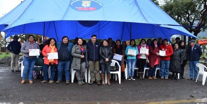 Pequeños agricultores de la comuna de Panguipulli reciben incentivos de INDAP