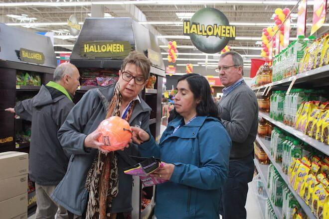 Seremi de Salud ha fiscalizado 9 locales comerciales que venden artículos de Halloween