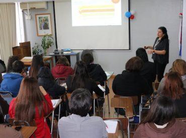 Servicio de Salud Valdivia capacitó a funcionarios de hospitales sobre ley de compras públicas