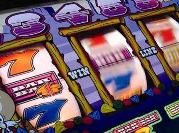 """Diputado Jürgensen: """"Existen 52 locales de juegos en Osorno con patente municipal y sin informe favorable reconocido por la Superintendencia de Casinos"""""""