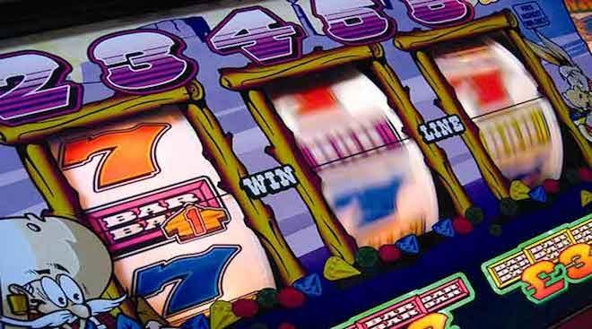 Avanza discusión de proyecto de ley que prohíbe la explotación de máquinas de azar fuera de los casinos legalmente autorizados