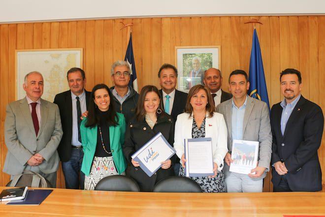 Partidos de Chile Vamos entregan propuestas regionales