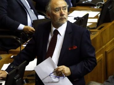 Presidente de la Cámara de Diputados entregó su respaldo a profesores movilizados