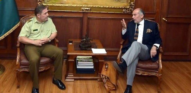 """General de Carabineros aseguró que """"no hay pérdidas ni desvíos de estas armas a terceros o delincuentes"""""""