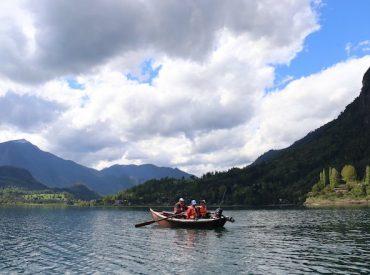 Pesca deportiva en Llifén: trolling en el espejo del cielo