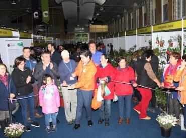 65 expositores inaugurannueva Expo Primavera en Valdivia
