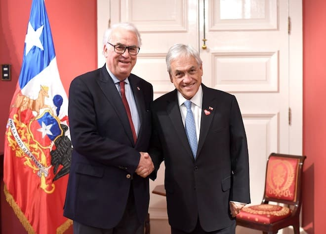 Intendente Harry Jürgensen entregó propuesta del Plan Regional al presidente Sebastián Piñera