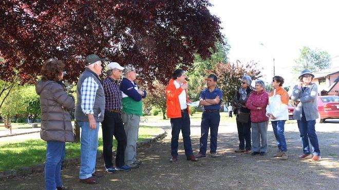 Proyectan mejoras para plaza Rocura y Acharán Arce en Valdivia
