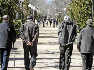 Diputada Muñoz (RN) presenta propuesta para reducir la edad para el cálculo de la pensión: sería un máximo de 90 años