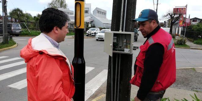 Municipio de Valdivia ejecuta obras para mejorar gestión de tránsito
