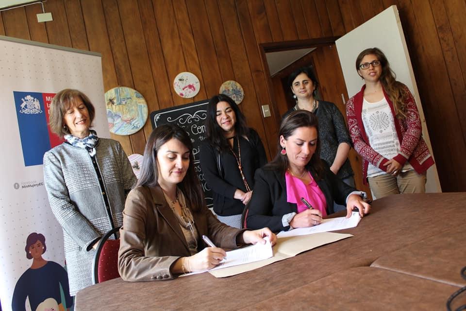 Ministerio de la Mujer y la Equidad de Género firmó convenio con el Consorcio de Desarrollo Tecnológico Apícola para fortalecer oportunidades a emprendedoras