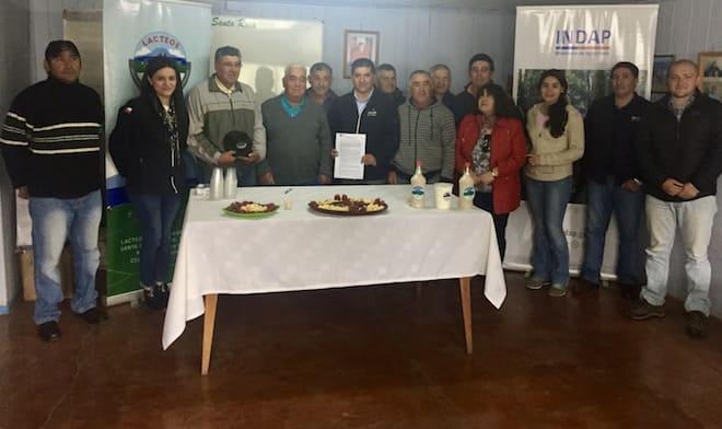 Convenio entre Lácteos Tiquenal e INDAP Los Ríos aumentará volumen de leche destinado a la quesería en Santa Rosa