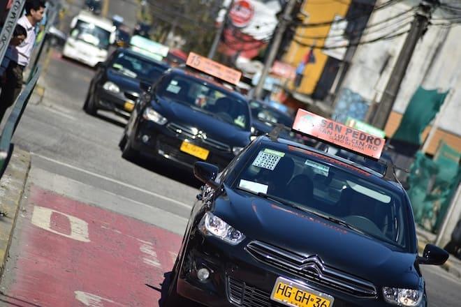 Proyecto FIC busca modernizar y formalizar a taxis colectivos de Valdivia