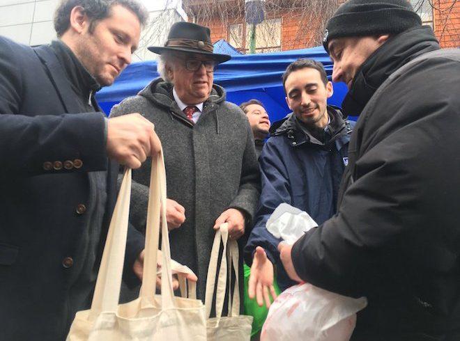 Seremi Medio Ambiente llama a tomar medidas ante implementación de ley que prohíbe bolsas plásticas