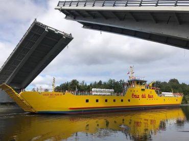 Embarcaciones Cruz del Sur, Tagua y Pontón Mejillones navegaron en quinta apertura programada del  puente Cau Cau