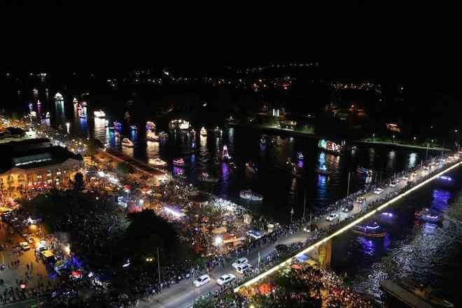 Ya se encuentran disponibles las bases para participar en el Corso Fluvial de la Noche Valdiviana 2019