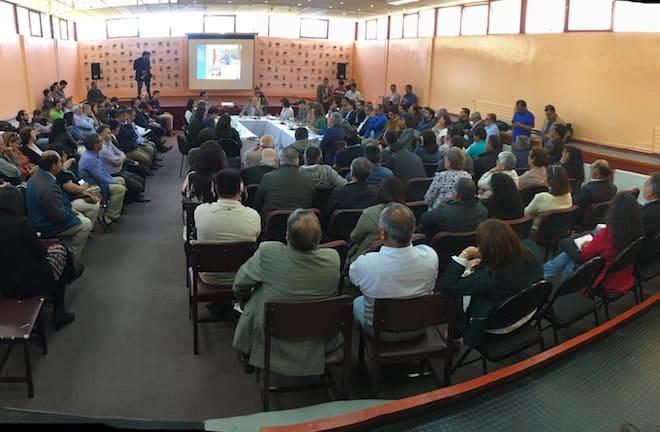 En la comuna de Los Lagos sesionó la  Comisión de Obras Públicas del Senado
