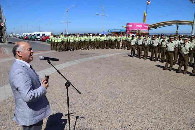 """Carabineros realiza """"Ronda Masiva"""" de seguridad en Playa Bellavista de Tomé"""