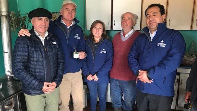 Ministro Walker y ministro (s) Galli tras visita a Aysén: «Mantenemos un optimismo moderado, porque hoy los incendios en la región están contenidos en su avance»
