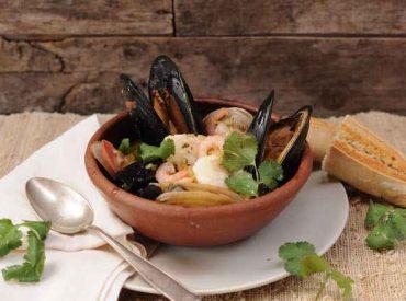 Concursos pesca artesanal: invitan a pescadores artesanales a postular sus mejores productos para dos importantes ferias gastronómicas en Santiago