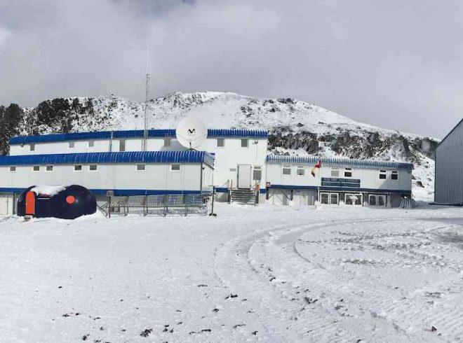 Seminarios Científicos en Antártica: investigadores comparten in situ parte de su trabajo