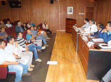Intendente de La Araucanía establece mesa de trabajo con sector de la pesca artesanal