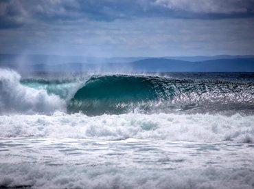 """Campeonato """"Las rutas del Caleuche"""": surfistas sudamericanos buscarán las mejores olas en Chiloé"""