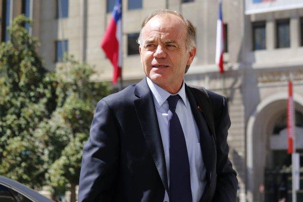 Ministro de Agricultura Antonio Walker visita la Región de Magallanes