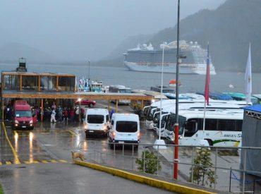 Inician coordinación de transporte y comercio para temporada de cruceros 2019 -2020