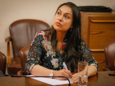 Diputada Muñoz (RN) lamenta invitación a embajador de Nicolás Maduro a cuenta pública y espera que senado revierta la decisión