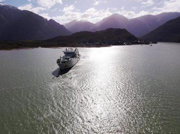 Despliegue de troncal submarino fibra óptica austral conectará a Caleta Tortel
