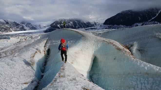 Taller práctico de rescate en grietas dicta CONAF en Glaciar Exploradores