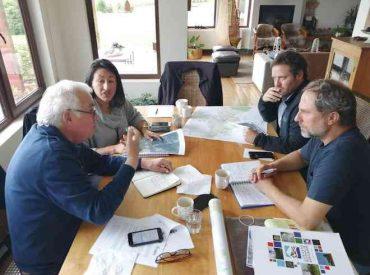 Intendente lidera reunión de emergencia para dar solución a alerta sanitaria decretada en Ancud