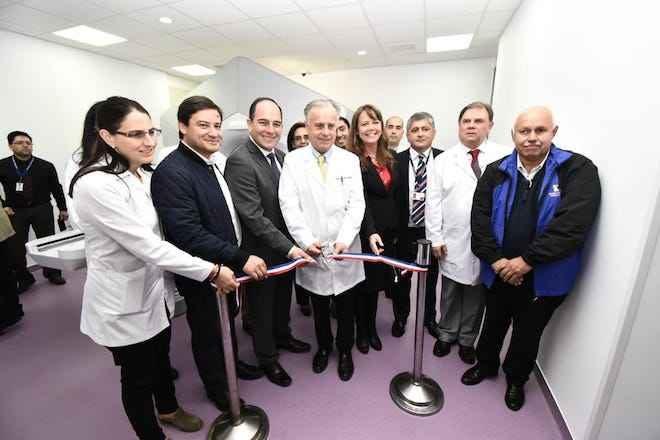 """Ministro Emilio Santelices en Los Ríos:""""Vamos a entregar más y mejor salud a todos los chilenos y a las poblaciones más vulnerables"""""""