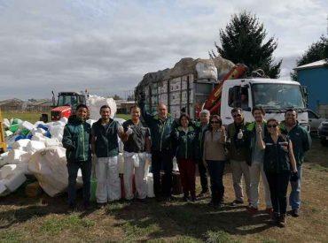 Más de 15 mil envases de productos fitosanitarios fueron retirados de los campos en Los Ríos