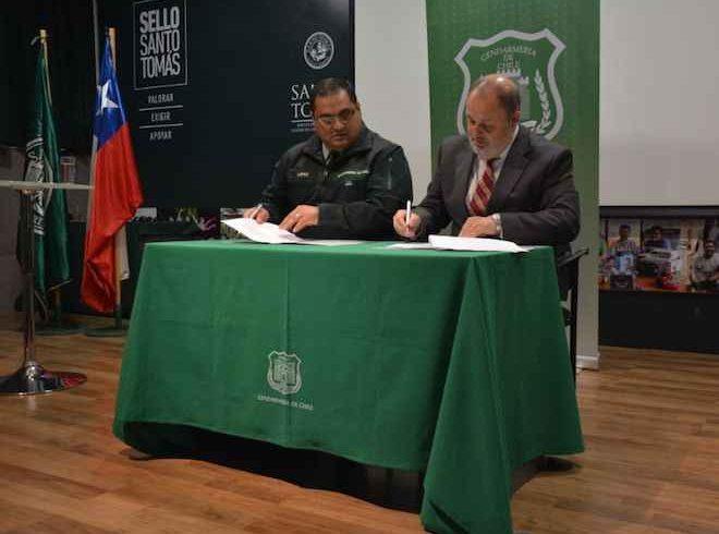 Santo Tomás Concepción y Los Ángeles firman convenio con Gendarmería Chile