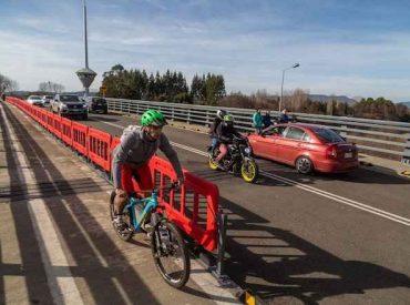 Un millón de vehículos ya ha transitado por el puente Cau Cau de Valdivia en primeros nueve meses de uso provisorio