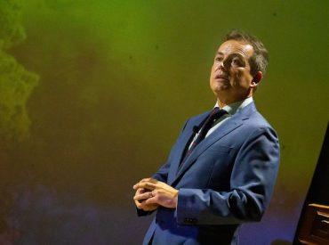 Alcalde Luis Reyes expondrá sobre bus de traslado de pacientes en Guatemala