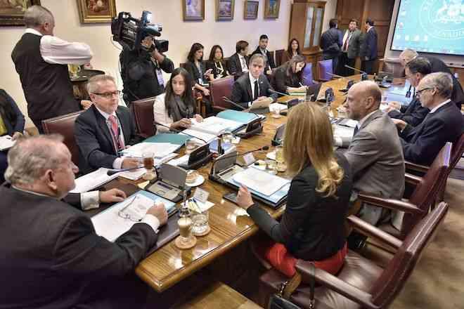 Comisión de Economía del Senado aprueba moción que restablece derecho de las Pymes a demandar perjuicios por incumplimiento en los pagos