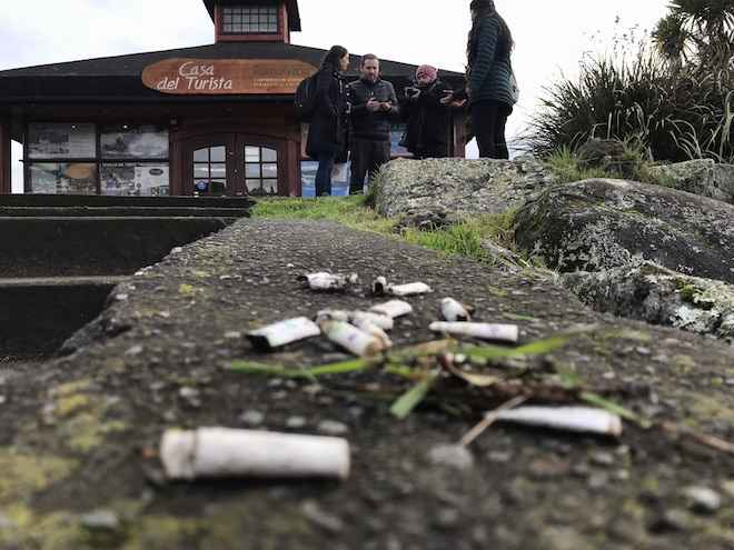 Puerto Varas se suma a campaña para combatir colillas de cigarro en la vía pública