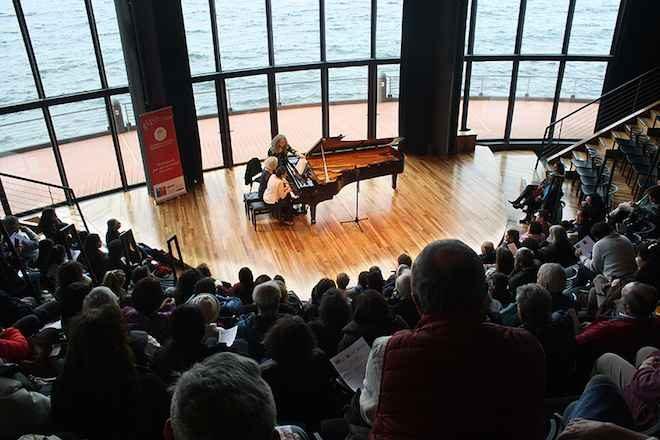 Concierto de piano semanas musicales de Frutillar con las maestras Evelyne Brancart y Paulina Zamora