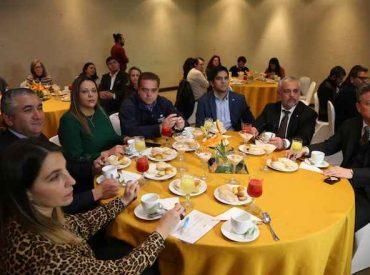 """Intendente Giacaman encabezó reunión sobre """"Turismo de reuniones  y su relevancia en la internacionalización de la Región del Biobío"""""""