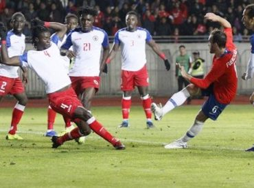 'La Roja' se impone a Haití en el último amistoso antes de la Copa América.