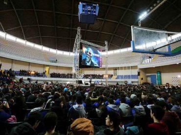Talcahuano rompe récord nacional con charla científica de José Maza