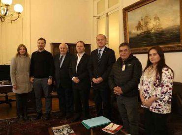 Senador De Urresti junto a dirigentes plantearon necesidad de fortalecer plan de control del visón