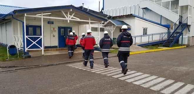 Funcionarios de Aduanas de Puerto Aysén son capacitados sobre industria pesquera