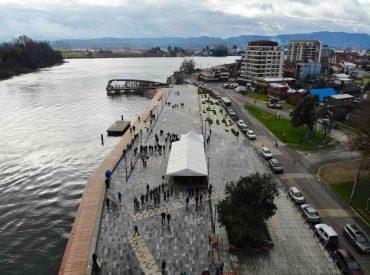 """Fallidas obras de costanera de Valdivia: solución a """"la chilena"""""""