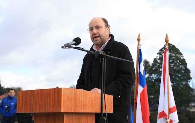 Ministro Moreno encabeza inauguración de remodelado paseo turístico en la Costanera de Valdivia