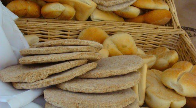 Gobierno y panaderías del Biobío abordan normativas medioambientales y laborales